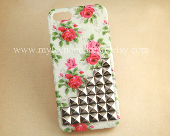 Iphone 5 case floral studded iphone 5 case by myteenagedream