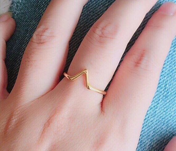 Triangle Gold Ring - V Gold Ring - Stackable Ring - Minimal Ring - Geometry Ring - Personalized Gifts