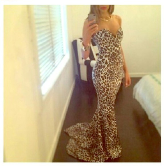 animal print gorgeous prom prom dress leopard print leopard print animal tiger print hot gown kendalljenner kardashians