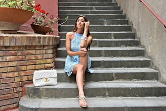 cosamimetto blogger dress bag jewels shoes chanel bag blue dress sandals summer outfits