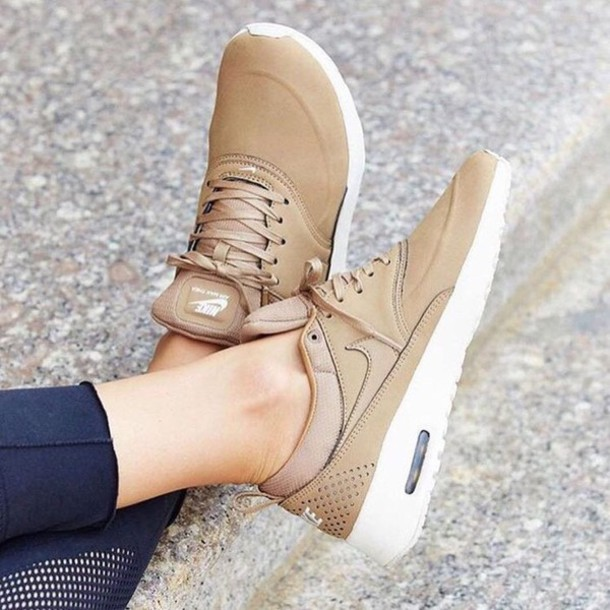 nike air max beige leather