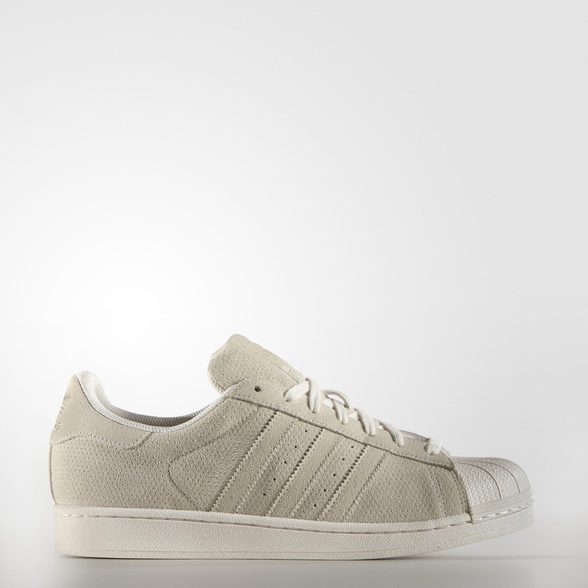 efd2128e6b94 sneakers