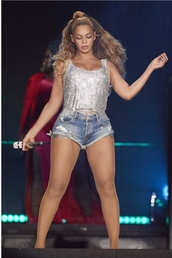 shorts,denim shorts,beyonce,glitter,sequins,top,celebrity