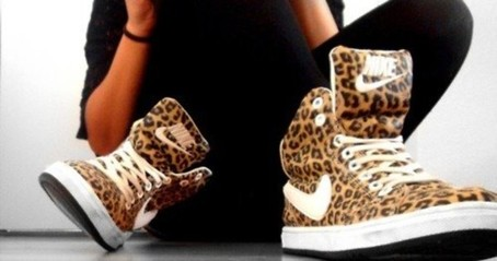 SHOES: NIKE LEOPARD NICE on The Hunt