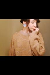 sweater,coral,coral sweater,orange,orange sweater,jumper,orange jumper,plug,tunnel,brown,brown sweater,brown orange,brown coral,coral orange