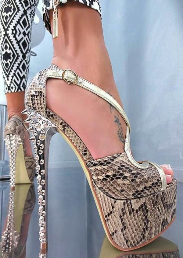shoes snake print green heels snake skin pumps platform heels high ankle boots high heels