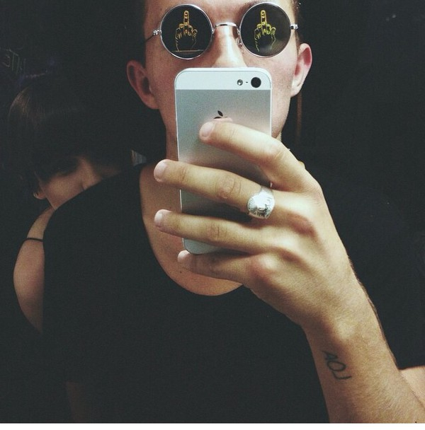 sunglasses middle finger middle finger up round