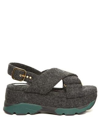 cross sandals flatform sandals grey shoes