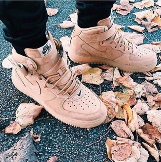shoes fall outfits nike shoes brown sneakers nike nike air force nude sneakers high top sneakers