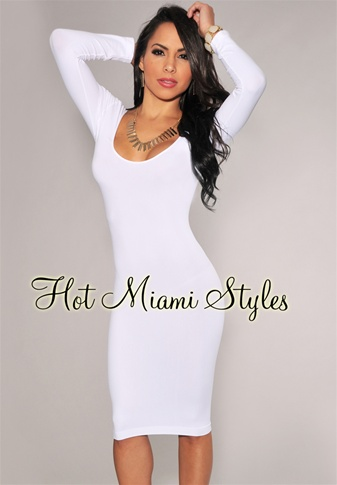 White Round Neck Seamless Perfect Fit Three Quarter Sleeves Dress