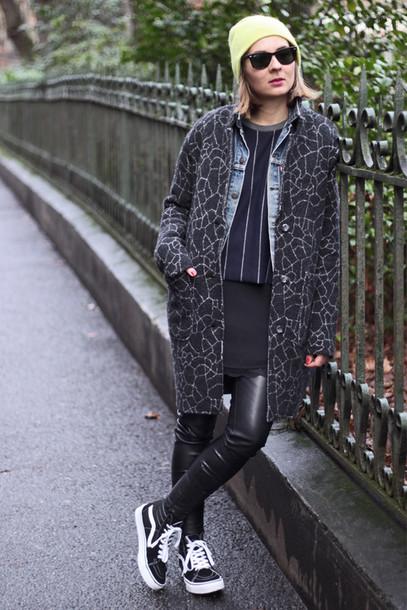 jane's sneak peak coat jacket t-shirt dress pants hat shoes