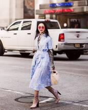 dress,midi dress,floral dress,short sleeve dress,v neck dress,sock boots,high heels boots,handbag,turtleneck,printed blouse,sunglasses,earrings