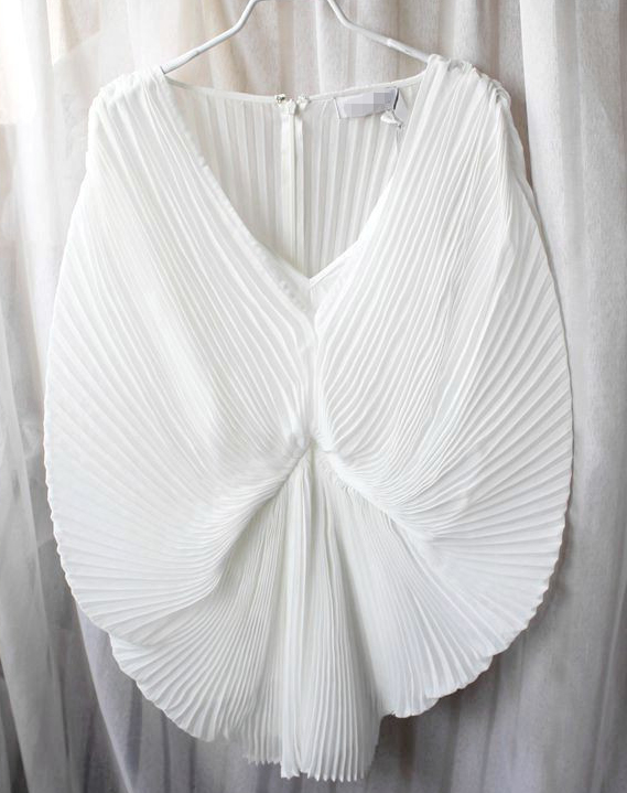 White Batwing Sleeve Pleated Chiffon Jumpsuit - Sheinside.com