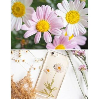 phone cover handmade real flowers flowers floral cute pink flowers daisy daisy lover handcraft cool iphone case trendy shabibisheep iphone cover samsung galaxy cases samsung galaxy s4 samsung galaxy s6 case valentines day gift idea mothers day gift idea holiday gift gift ideas