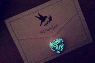 jewels irish glow in the dark