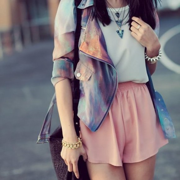 jacket pastel cute girly women girly outfits tumblr tumblr girl adorable clothes white t-shirt necklace pink shorts jewels