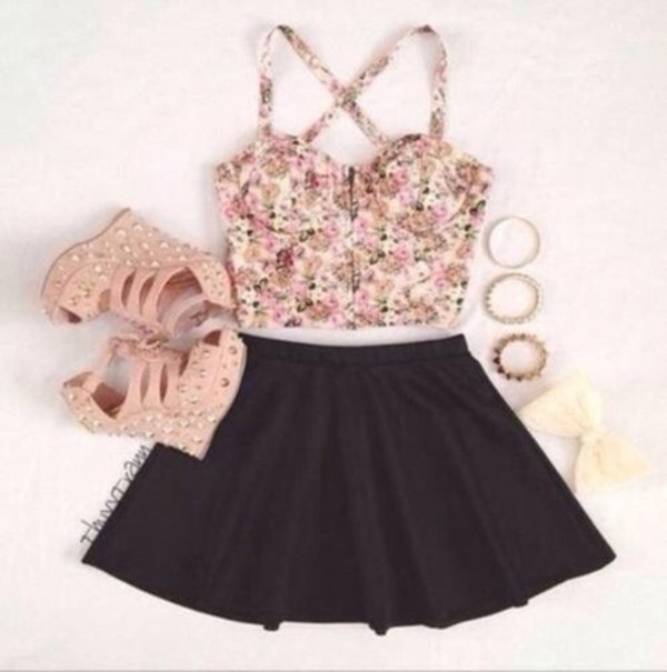 tank top skirt shoes jewels
