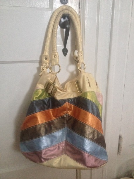 bag no label replica? pennsylvania identify handbag leather purse chevron stripes belted looking for 2011 2010 ivory green blue orange brown light blue navy tote bag brass zip replica