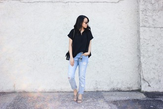 refined couture blogger top jeans sunglasses bag belt