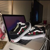 shoes,low top,vans,roses,sneakers,old skool,tumblr,black,vans of the wall,wholesale vans shoes,swag,dope,cool,rose,floral,black shoes,embroidered,vintage,boho,love,black and white