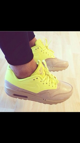 shoes beige shoes air max nike nike air nike airmax yellow