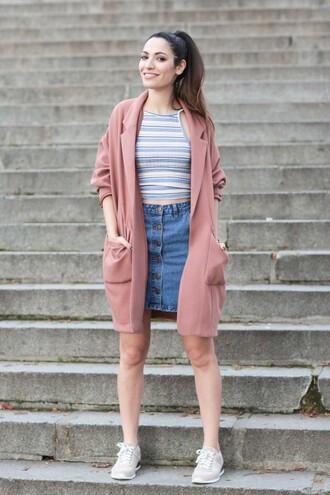 sofya benzakour knidel la couleur du moment | blog mode lifestyle voyages entre le maroc et paris blogger top skirt coat