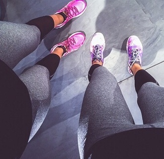 pink sports shoes leggings grey leggings fashion sportswear sports shoes black leggings sporty style sporty chic running shoes walking shoes fitted leggings