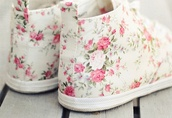 shoes,flowers,high top sneakers,converse,white,pink,beautiful,clothes,cute,pretty,floral,floral shoes,ankle shoes,cream,super cute,sneakers,DrMartens,boot,pastel,pastel sneakers