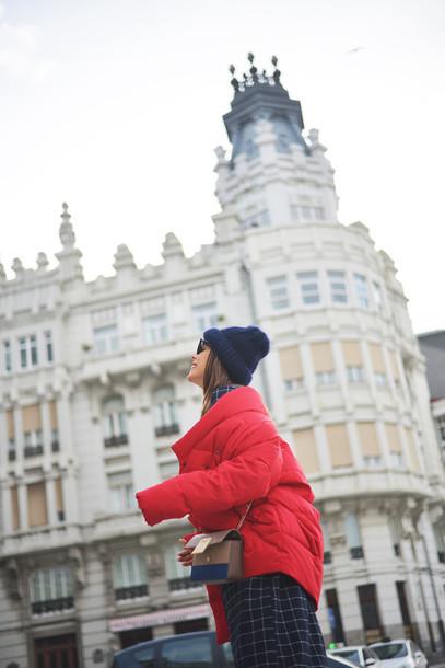 jacket tumblr red jacket puffer jacket bag crossbody bag beanie black beanie skirt checkered winter outfits