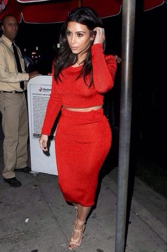 skirt kim kardashian matching red skirt red shirt shoes dress
