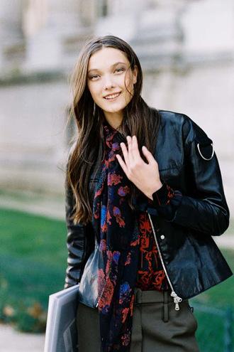 vanessa jackman blogger pants scarf blouse bag