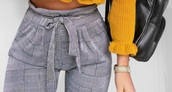 pants,sweater,yellow,knitwear sweater,cute,yellow top,black,black bag,huf socks #iwantttt,top,comfy,mustard,fashion,girly,trendy,pantalon,grey,white,oker,trui,cropped,cropped sweater