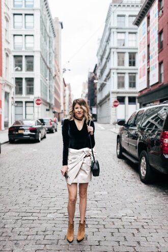 lifelutzurious blogger skirt shoes bag jewels make-up mini skirt wrap skirt shoulder bag black bag ankle boots