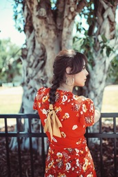 hair accessory,bow,hair bow,hairstyles,braid,brunette,earrings,red dress,floral,floral dress