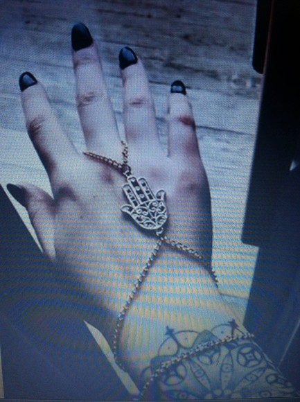 jewels bracelets hamsa intricate