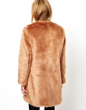 ASOS | ASOS - Manteau long de luxe en fausse fourrure chez ASOS