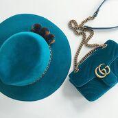 bag,tumblr,blue hat,hat,velvet,blue bag,gucci,gucci bag,chain bag