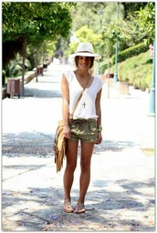 hat,white t-shirt,summer hat,army green shorts,beige sandals,blogger,fringed bag