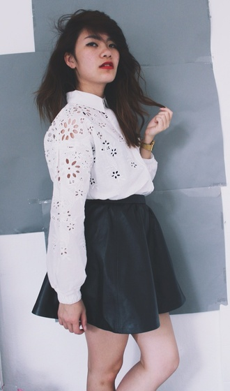 blouse style stylenanda stylenandafashion fashion white crop tops floral flowers b&w summer summer outfits tumblr tumblr clothes instagram fashionblogger cute black instyle sexy asian fashion designer skirt