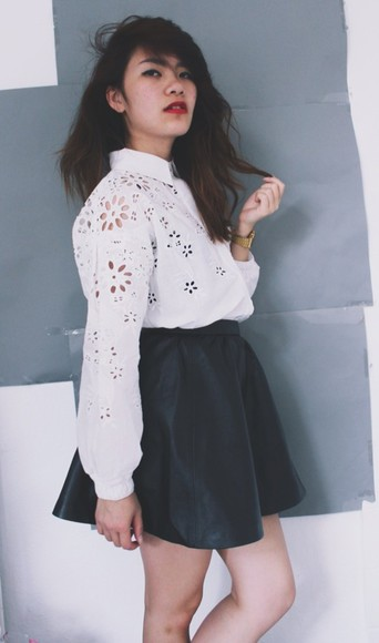 designer floral summer fashion white cute instagramfashion instagram fashion blouse black instagram sexy style stylenanda stylenandafashion crop tops flowers b&w summer outfits tumblr tumblr clothes instafashion fashionblogger instyle famous asian fashion skirt