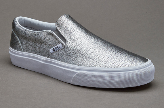 Vans Classic Slip-On - Mens Shoes - (Foil Metallic) Silver   True White 64f864617bbe