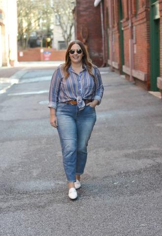 mommyinheels blogger top jeans shoes belt sunglasses