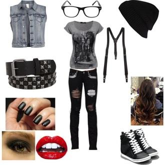 hat punk black sneakers outfit belt t-shirt shoes jeans