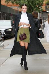 skirt,mini skirt,crop tops,top,miranda kerr,nyfw 2017,ny fashion week 2017,streetstyle,model off-duty,fall outfits,shoes