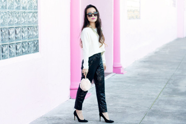 it's not her it's me blogger sunglasses blouse pants bag jewels shoes