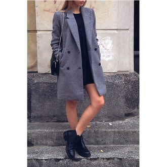 coat t-shirt dress bag ankle boots streetstyle street styled streetlook street fashion street streetwear street clothing on point on point clothing