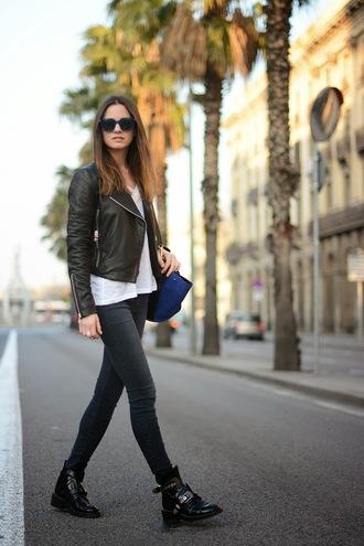 fashion vibe jeans shoes t-shirt bag sunglasses jacket