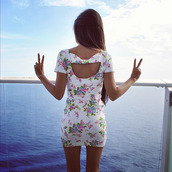 dress,cut-out,cut-out dress,flowers,cutout back,cut,haltert,white dress,cute dress,bodycon dress,open back