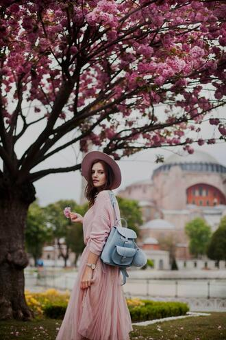 the bow-tie blogger skirt sweater hat pink skirt pink sweater backpack spring outfits