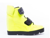 shoes,yellow,neon,high top sneakers,sneakers,platform sneakers,new york city,l.a.,l.a. style,dope,dope shit,tomboy,sportswear,comfy,comfort,fly,fire,90s style